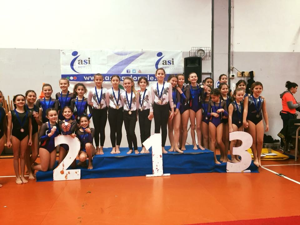 Le ginnaste della categoria Giovanissime della Minnie Gym al Trofeo Arcobaleno