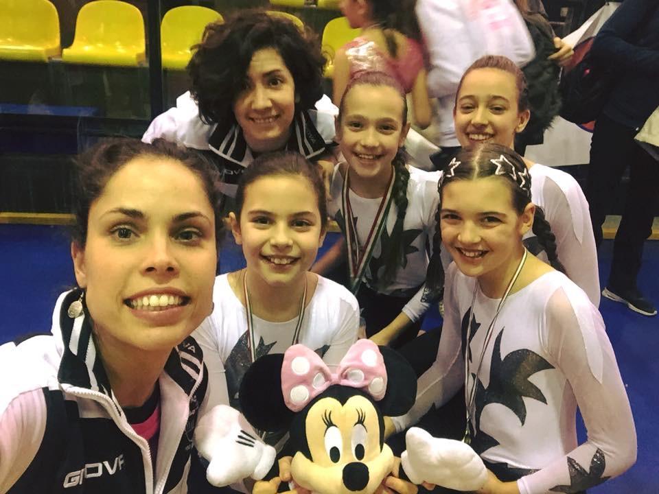 Le ginnaste della categoria Alleve B della Minnie Gym al Cup